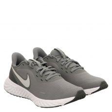 Nike, Revolution 5, sportiver Schnürer in grau für Herren