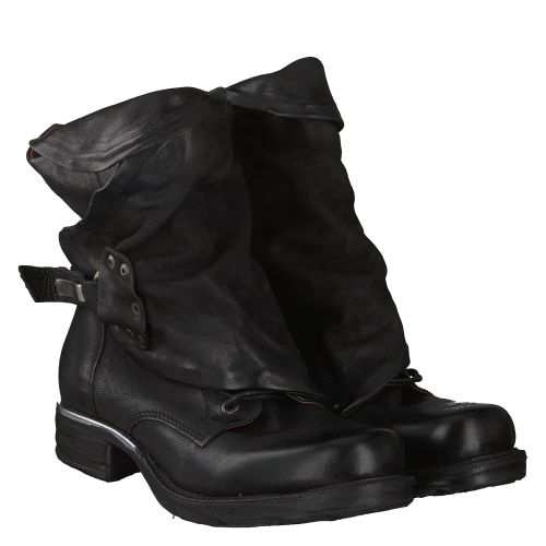 AS 98 (AIRSTEP), SAINTMETAL, SCHWARZ